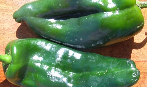 Organic Poblano Peppers 1lb