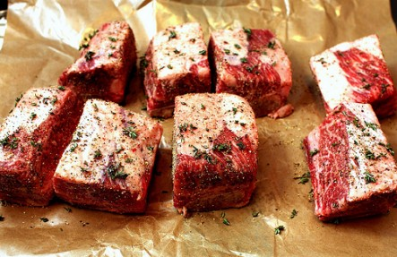 Hemlock Hill Beef Short Ribs 1.25lb $13.99/lb